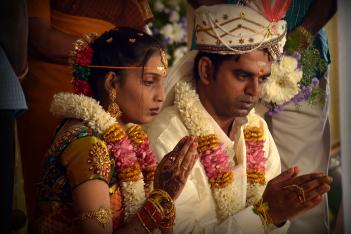 candid-wedding-photographers-in-coimbatore. Cameramen from baba studio.